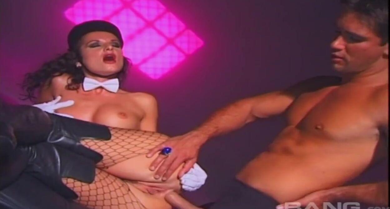 Смотреть Порно Секс Через Дырку В Стене