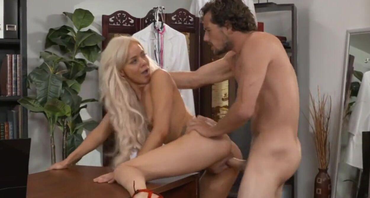 Порно Видео Лижит Киску