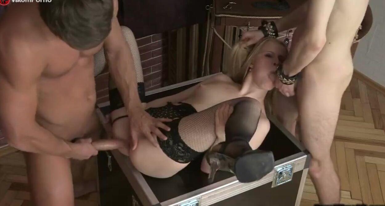 Не Зря Нанимали Горничную - Смотреть Порно Онлайн
